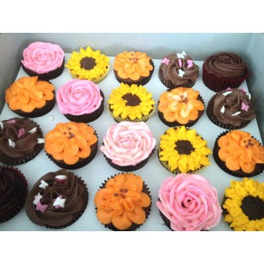 Assorted Cupcakes 12pcs
