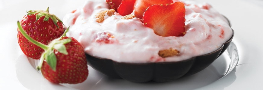 How to make Strawberry Cream Filled Chocolate Cups